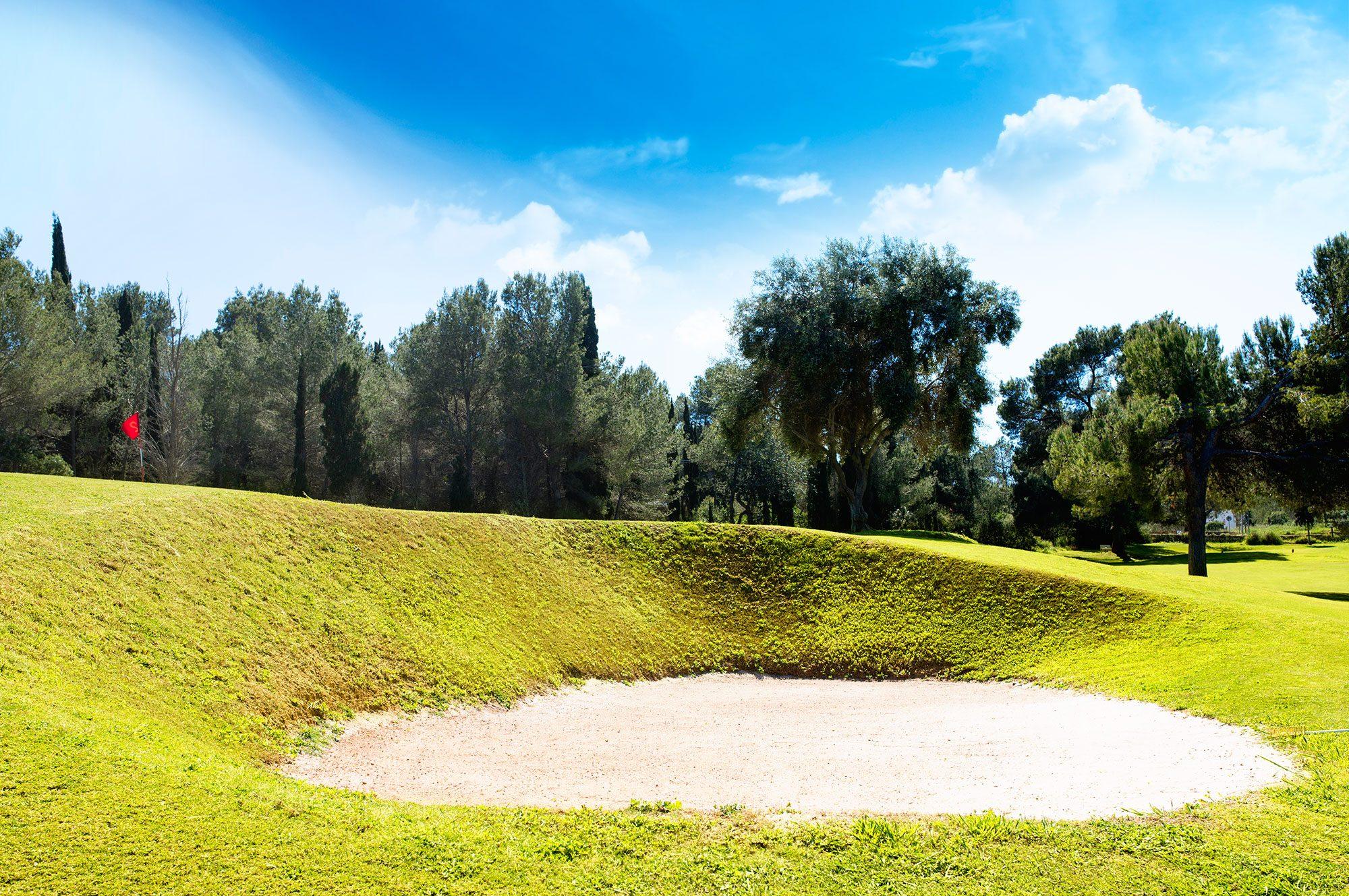 Golf ibiza roca llisa 9 holes golf ibiza - Roca llisa ibiza ...